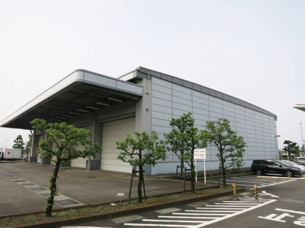 西側航空貨物ターミナル地区(国内貨物)